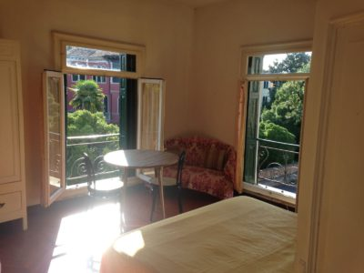 Affitti stanze in affitto camere e for Monovano arredato catania