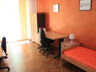 Torino, C.unione 243bis, affitto camere o letti.