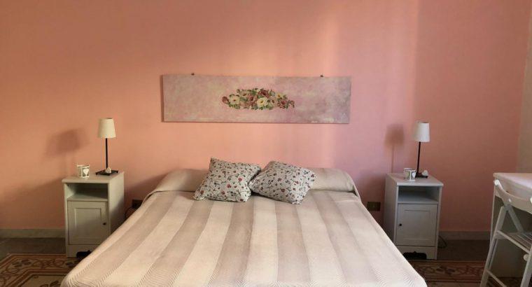 Roma Pigneto stanze singole e doppia ampie e luminose