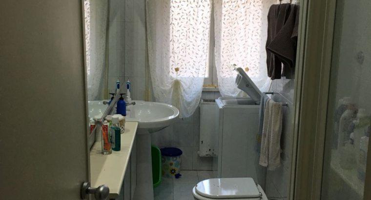 Ampia stanza Prenestino/Collatino arredata balcone