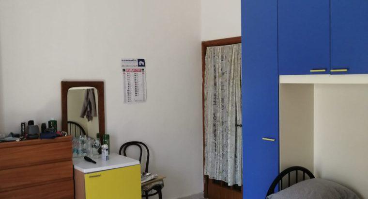 Bivani, Bari, vicinanze Facolta di Medicina