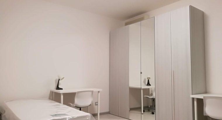 Camera doppia per studentesse