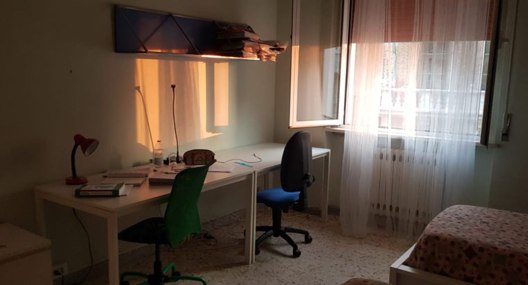 Ancona, centro storico, 4 posti letto per studenti
