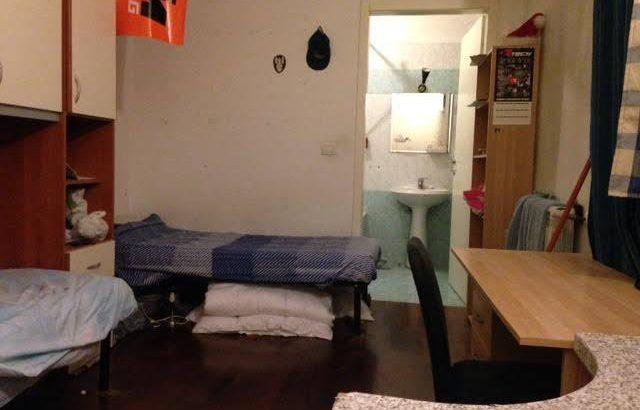 Affitto posto letto in camera doppia zona piola