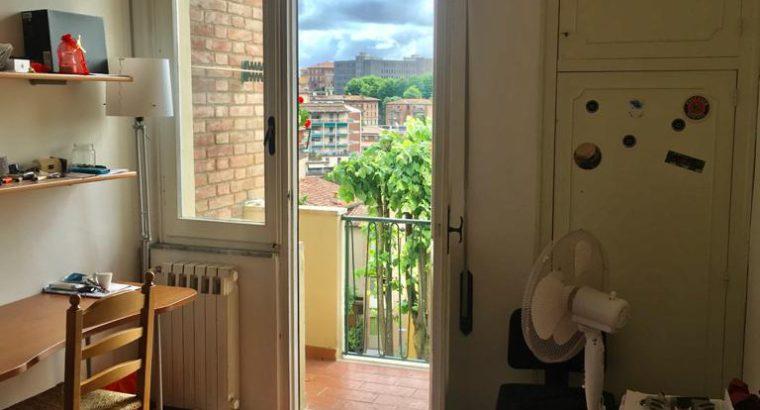 Affitto a Siena camera singola euro 280 fuori porta camollia