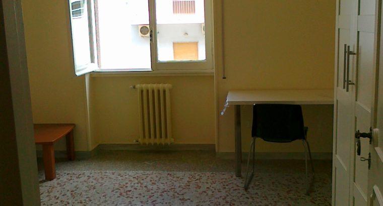 Stanza singola vicinanze Policlinico Bari