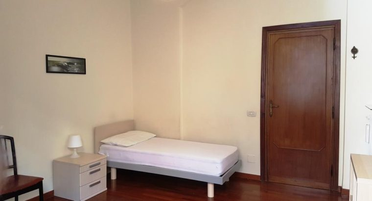 Camera singola PIAZZA BOLOGNA adiacente camere singole affittasi