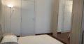 Zona Prati Piazza Mazzini, in condominio elegante, silenziosissimo con bellissimo giardino, primo piano. Affitto stanza 20mq, in appartamento così composto: 3 camere da letto due bagni, cucina abitabile, disimpegno, ripostiglio e balconcino. Appartamento ristrutturato, Parquet in tutte le stanze, termoAutonomo, Cucina nuova. La camera in affitto è nuovissima mai utilizzata. Prezzo 580€ compreso di condominio (80€) escluso le utenze.