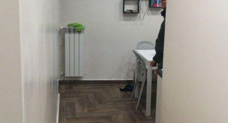 Affitto Napoli stanze per studenti via porta di massa 56