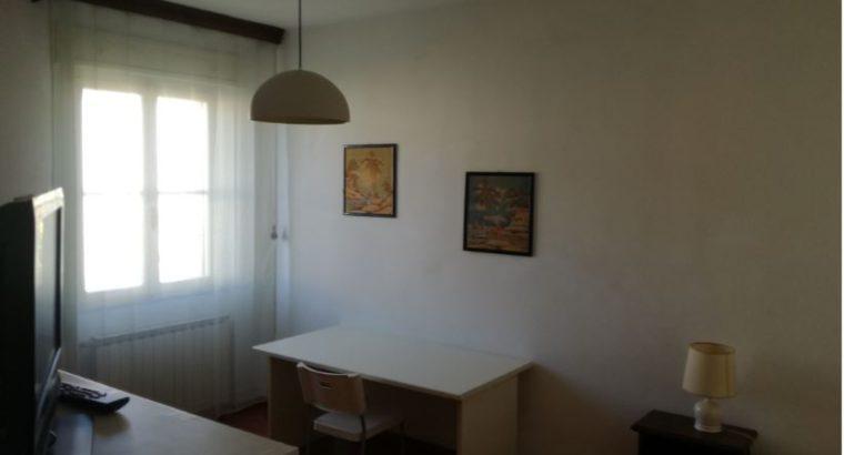 CAMERA SINGOLA Via V.Cuoco – I Passi – Pisa