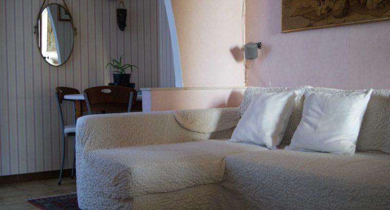 Camera doppia in Via Lagaccio, dietro la Stazione Principe a Genova