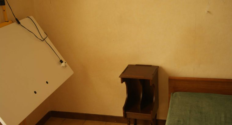 Camera singola in Via Lagaccio, dietro la Stazione Principe a Genova