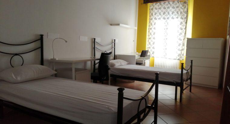 Siena, Affitasi due posti letto camera doppia in centro per studentesse