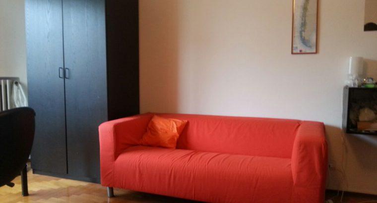 Affitto stanza Milano 22 Mqt. vicino Arco della Pace luminosa con balcone privato