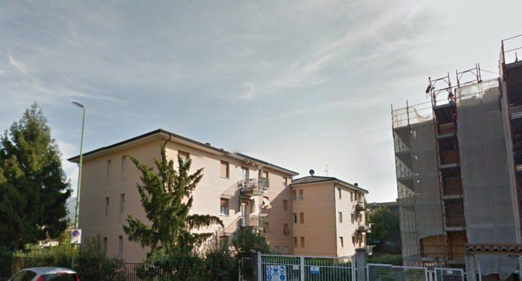 STANZA SINGOLA ARREDATA Brescia