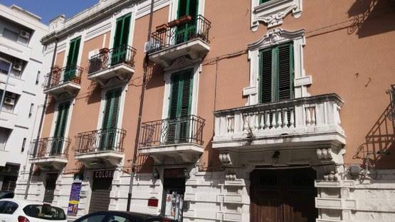 Stanza per studentesse/lavoratrici (Messina)