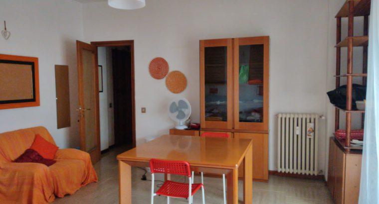 1 posto letto in doppia Tiburtina vicino Sapienza 15 min e gli Studios