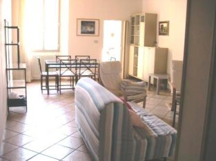 Forlì centro appartamento a studenti COMPLETAMENTE ARREDATO