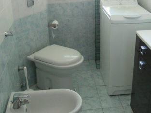 AFFITTO CAMERA SINGOLA 650 euro al mese spese condominiali incluse in appartamento quinto piano, con ascensore, portineria tutto il giorno in via pacini città studi vicino metro piola lambrate