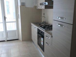 AFFITTO stanza singola o doppia € 300 + spese