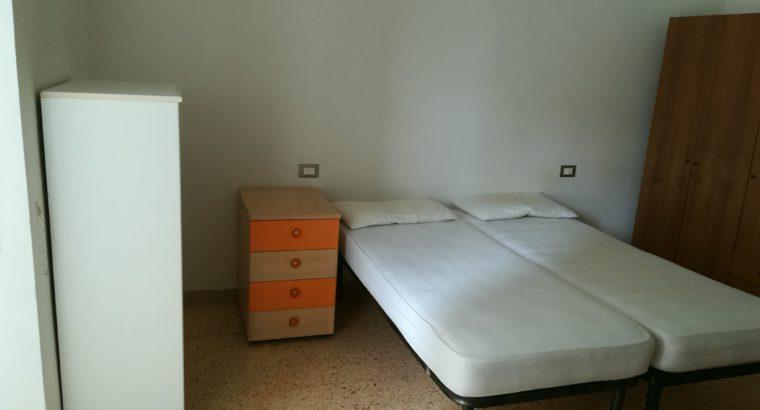 Stanza matrimoniale zona Sant'Erminio