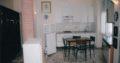 AFFITTASI CAMERA CON 2 POSTI LETTO 350 euro al mese cadauno spese condominiali incluse, in appartamento quinto piano con ascensore, portineria tutto il giorno, Via Pacini, città studi Milano, vicino Università, metropolitana piola lambrate