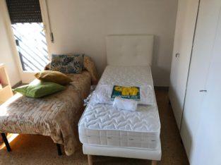 affitto appartamento ristrutturato ammobiliato composto da 3 camere da letto , cucina arredata, bagno con doccia, terrazzino su giardino condominiale, ascensore e posto auto.