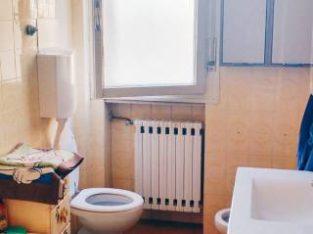 Libera camera singola per studenti universitari
