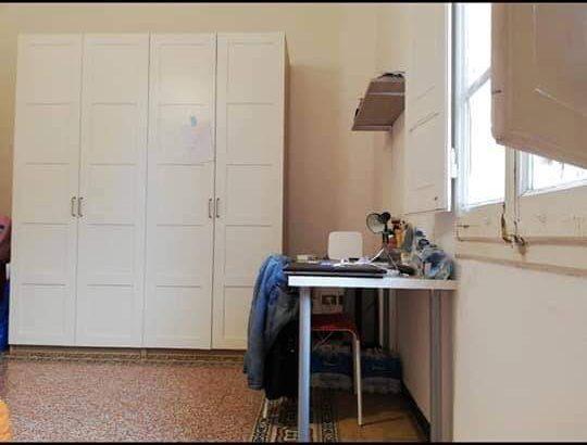 Offro UN posto in stanza DOPPIA per solo ragazze 18-24 da MARZO in zona Saffi