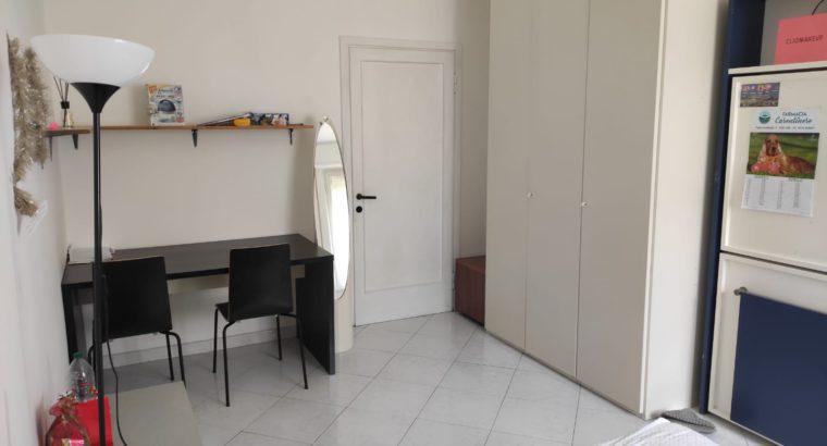 Affittasi a Firenze posto in stanza doppia zona Rifredi