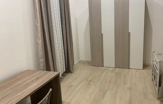 Camera doppia ad uso singolo in appartamento per studenti