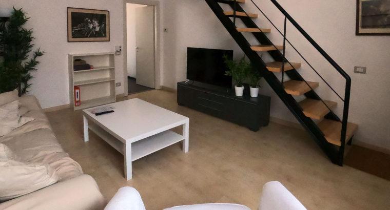 MM3 fermata LODI Tibb posizione super-servita in app.to ristrutturato affittiamo 2 stanze