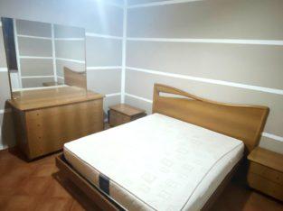 Camera indipendente con letto Matrimoniale x Studentesse a Pessano con Bornago ( Metrò Verde: Villa Pompea a 25 min. da Milano )