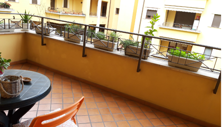 CAMERA+BAGNO PRIVATO ZONA CENTRO/STAZIONE MONZA